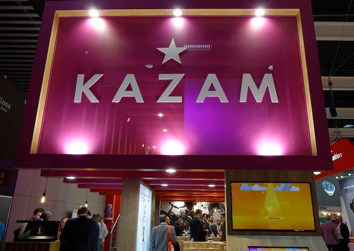 Kazam Stand MWC