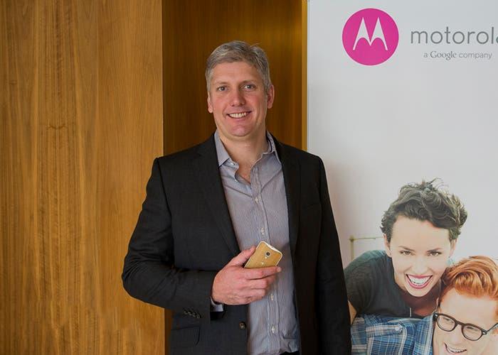Rick-Osterloh-presidente-de-Motorola