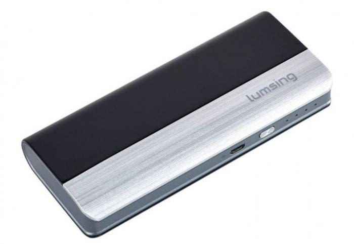 auriculares-bluetooth-y-bateria-externa-de-lumsing-calidad-a-buen-precio-680x518