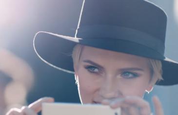 Scarlett Johansson y Henry Cavill son las caras del primer anuncio del Huawei P9