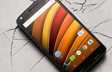 Así promociona Motorola su pantalla irrompible