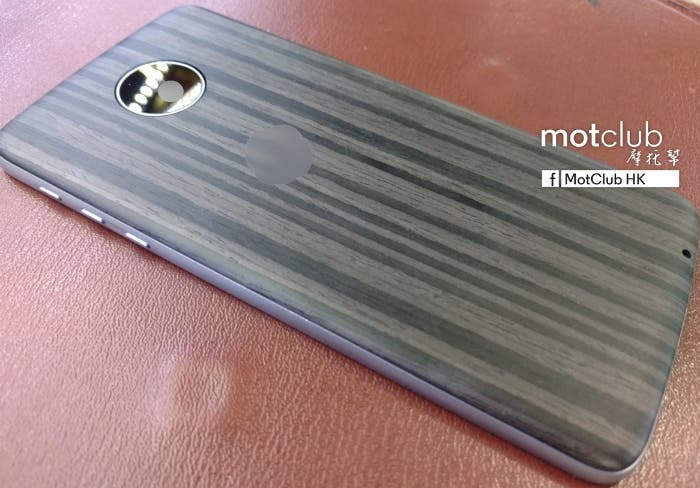 Another-StyleMod-for-the-Moto-Z