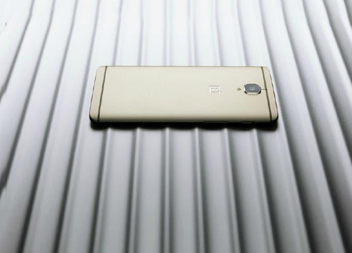 OnePlus 3 dorado