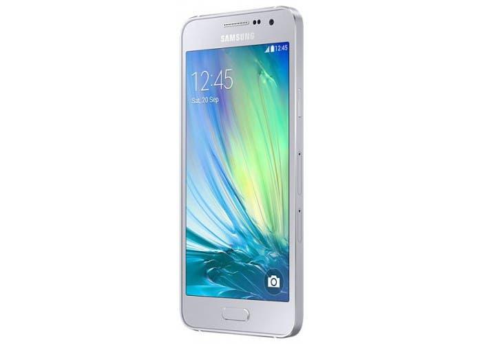 83359-smartfon-samsung-sm-a300h-galaxy-a3-duos-zsd-platinum-silver-samsung-smartmagazin-700x500