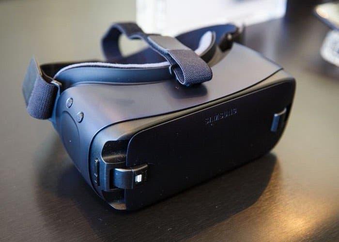 Samsung-Gear-VR-2016-1