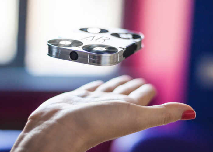AirSelfie-Mini-Camera-Drone