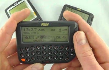 El primer dispositivo BlackBerry cumple hoy 18 años