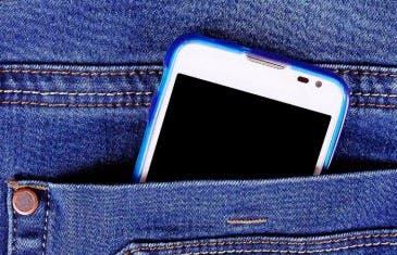 Necesitamos un pantalón con bolsillos que cuiden nuestro smartphone