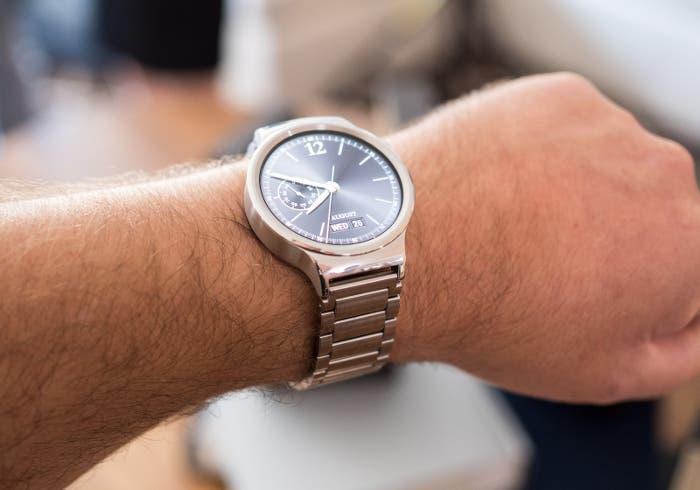 Huawei Watch actualiza a Android Wear 2.0