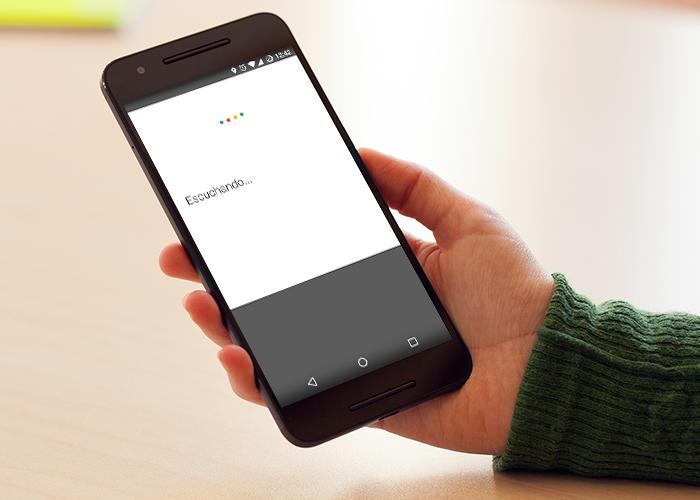 ¿No te funciona el OK Google? Tranquilo, no es culpa de tu móvil