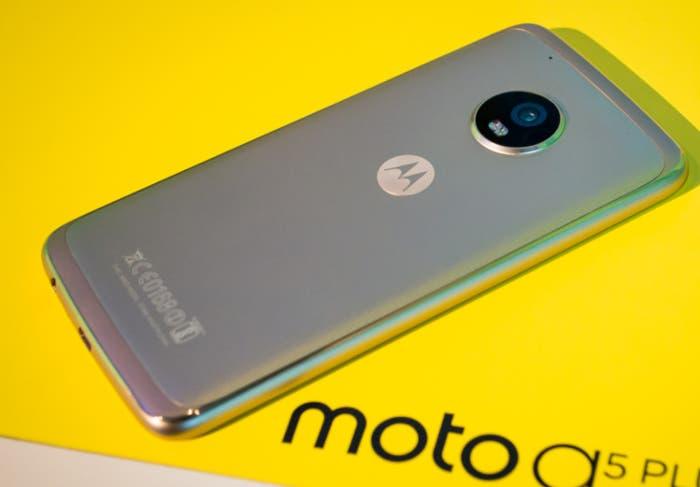 Moto G5 Plus amarillo
