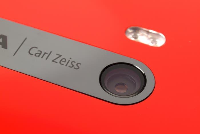 Zeiss y Nokia se alían para mejorar la cámara de los nuevos móviles Nokia