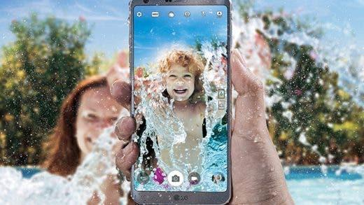 Mejores móviles con resistencia al agua para este verano