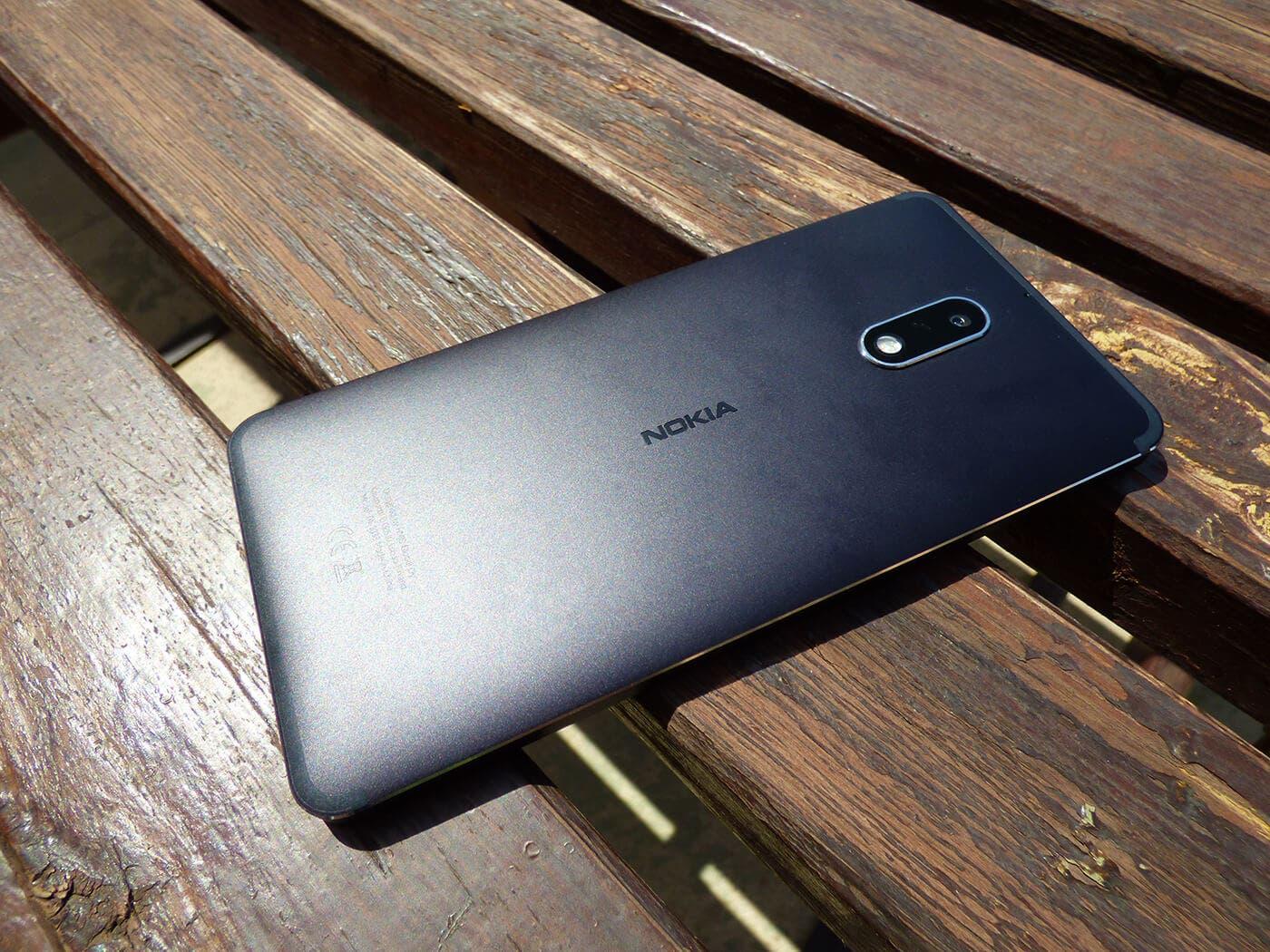 Trasera del Nokia 6