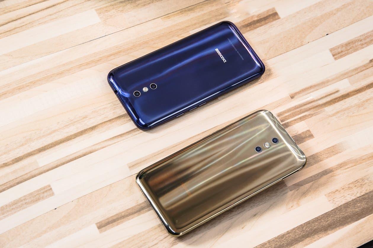 Doogee BL5000 vs Xiaomi Mi Max 2: guerra de titanes