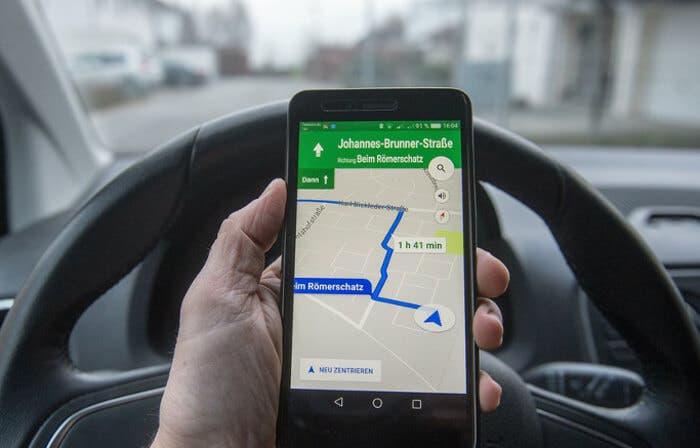 Google Maps mejorará la búsqueda de aparcamiento incluyendo parkings cercanos
