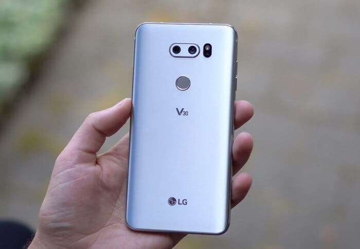 LG V30 diseño