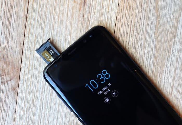 Cómo exportar música y fotografías a una tarjeta microSD