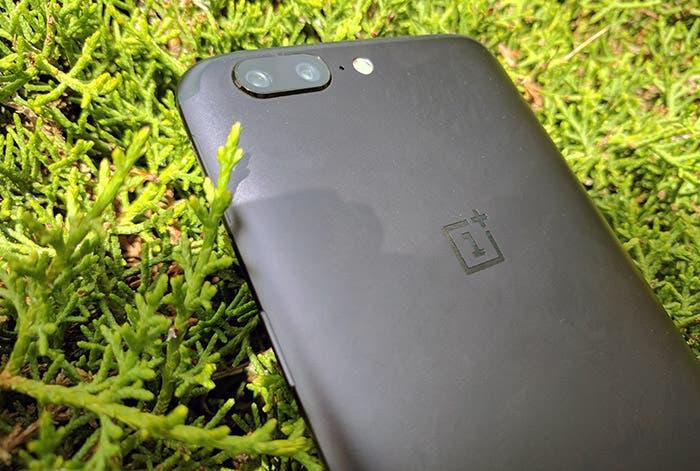 Desbloquea características ocultas del OnePlus 5, OnePlus 3T y OnePlus 3 con esta aplicación