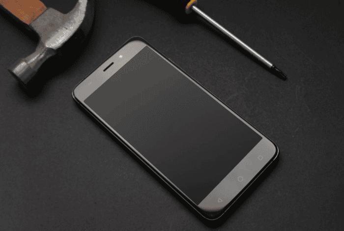 Así es el nuevo AllCall Madrid, un smartphone de bajo coste con un buen diseño