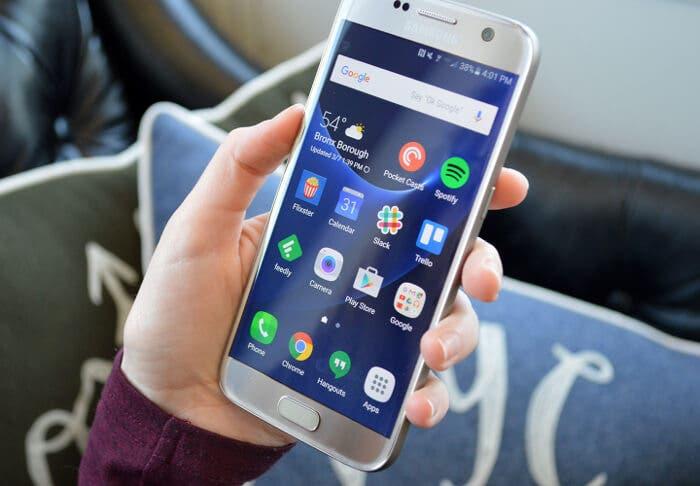 Así es el smartphone plegable de Samsung — Galaxy Fold