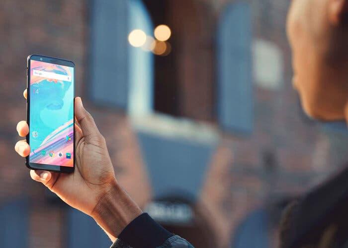 Cómo tener el reconocimiento facial del OnePlus 5T en cualquier Android