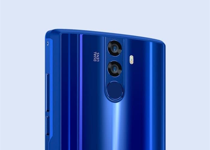 ¿Qué puede hacer un smartphone con 12000 mAh de batería como el Doogee BL12000?