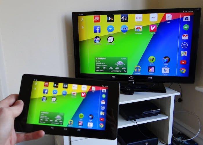 Cómo conectar un smartphone con Android a una pantalla externa