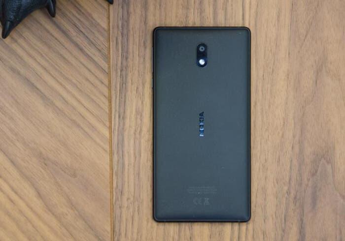 Nokia 3 trasera