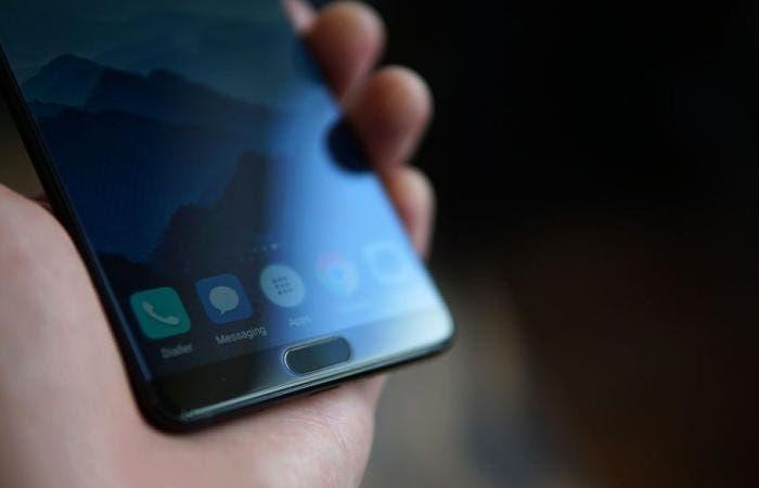 Filtrado el diseño final del Huawei P20 con 3 cámaras y sensor de huellas delantero