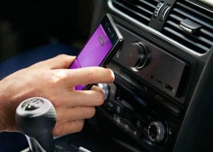 Cómo escuchar música en el coche por Bluetooth aunque el receptor no sea compatible