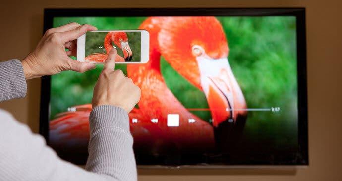 compartir pantalla del movil con televisión