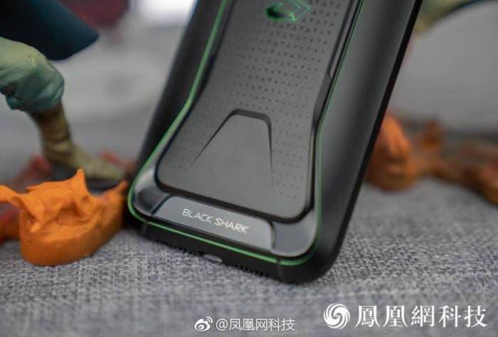 El Xiaomi BlackShark es oficial: así es el móvil para jugar de Xiaomi