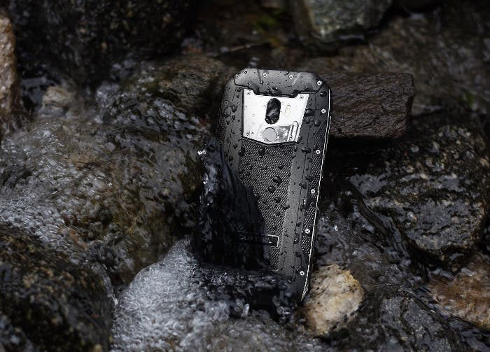 ¿Soporta tu móvil temperaturas de 20 grados bajo cero? ¡El Oukitel WP500 sí!