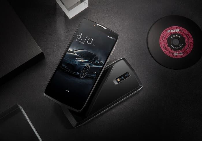 ¿Un teléfono con 11.000 mAh de batería? Así es el nuevo Blackview P10000 Pro