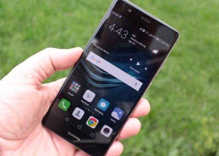 Cómo tener el modo oscuro en los smartphones Huawei y Honor con EMUI