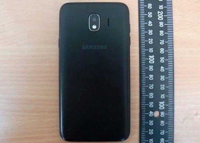 Se filtra el Samsung Galaxy J4 al completo en una nuevas fotografías reales