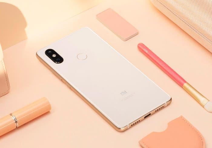 Xiaomi Mi 8 SE: un terminal compacto que estrena el procesador Snapdragon 710