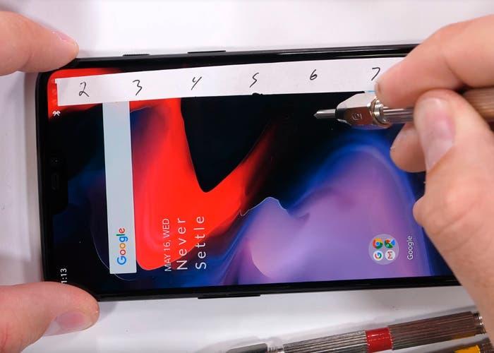 Test de resistencia del OnePlus 6: así aguantará el día a día