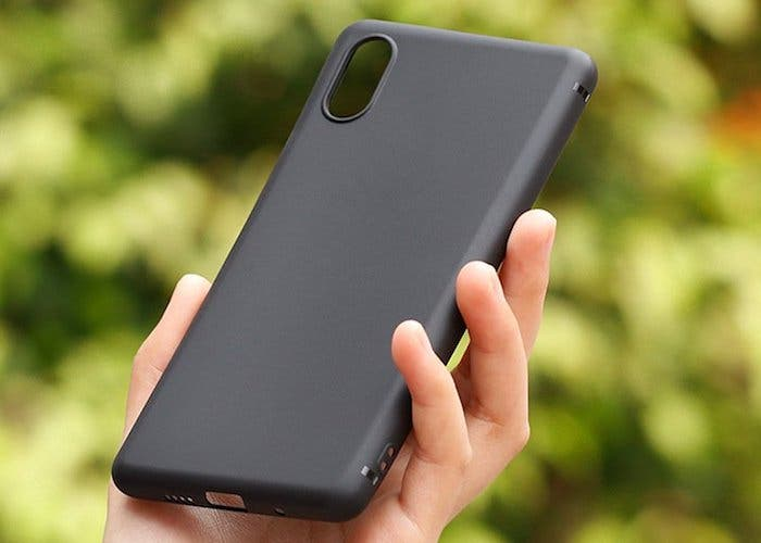 Se filtra el diseño de la trasera del Xiaomi Mi 7 confirmando su sensor de huellas en pantalla