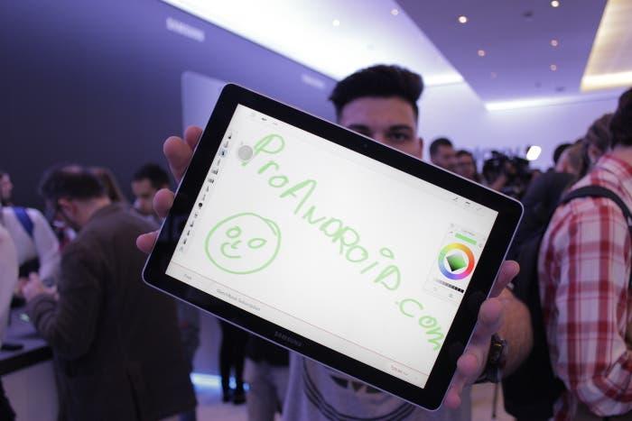 Así es la nueva Samsung Galaxy Tab S4 con audio AKG y S-Pen mejorado