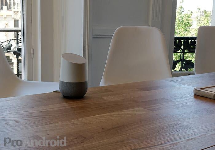 Google Home con pantalla podría llegar al mercado a finales de año