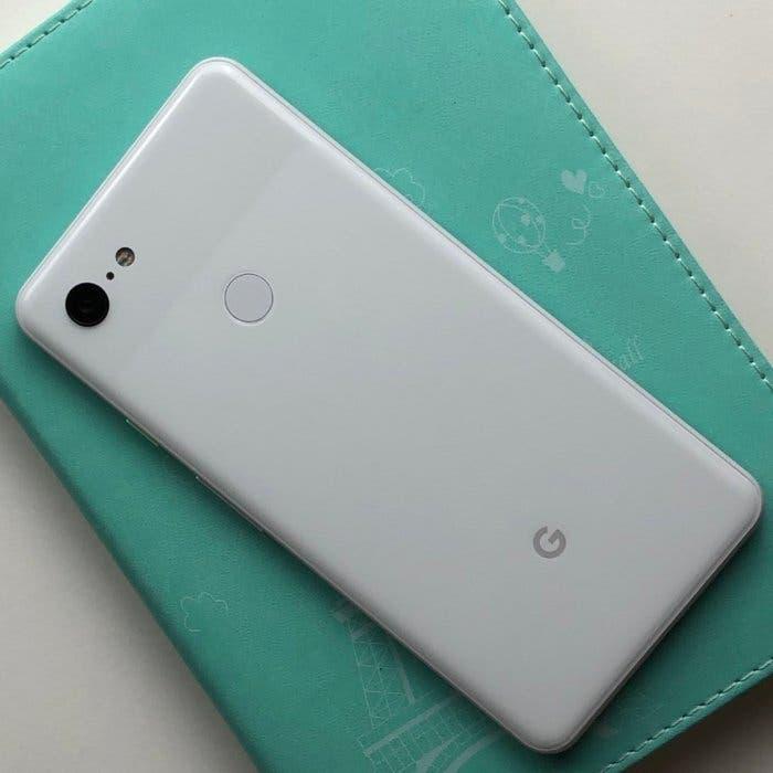 El Google Pixel 4 dejaría de lado el notch para tener una pantalla sin apenas biseles