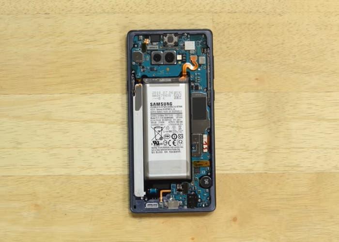 Desmontaje iFixit: ¿Cómo es el interior del Samsung Galaxy Note 9?