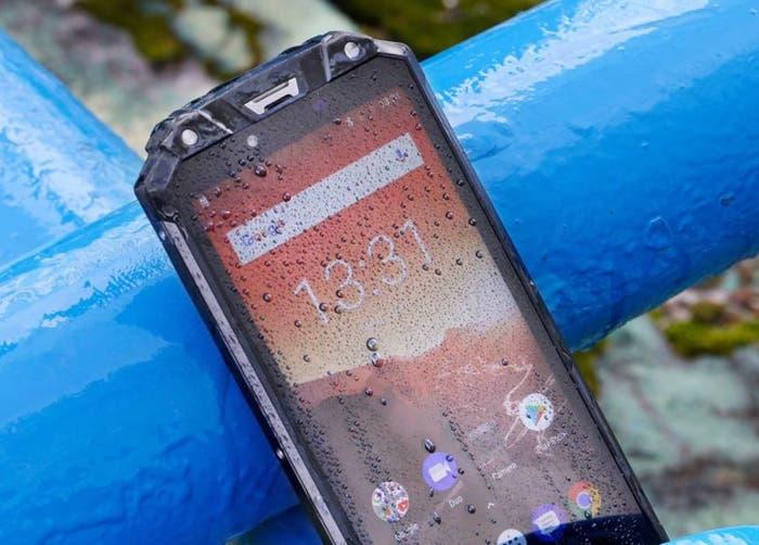 Oukitel WP2, el móvil de 10.000 mAh con certificación militar