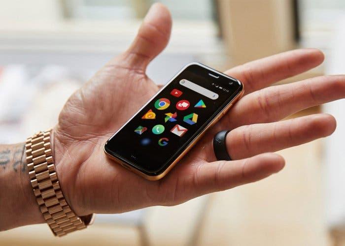 Palm regresa de la mano de Android con un móvil diminuto