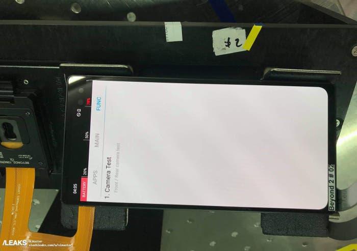 Filtrado el primer prototipo del Samsung Galaxy S10 con un notch en la esquina