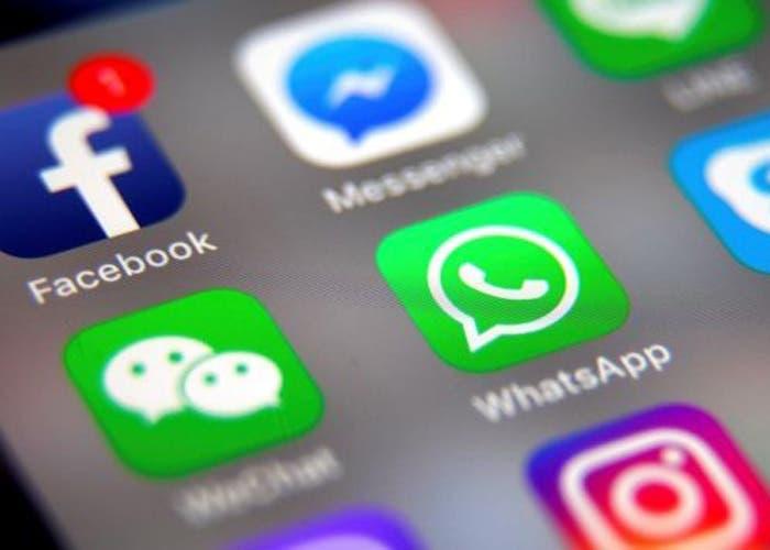 WhatsApp está probando un feed algorítmico en los estados