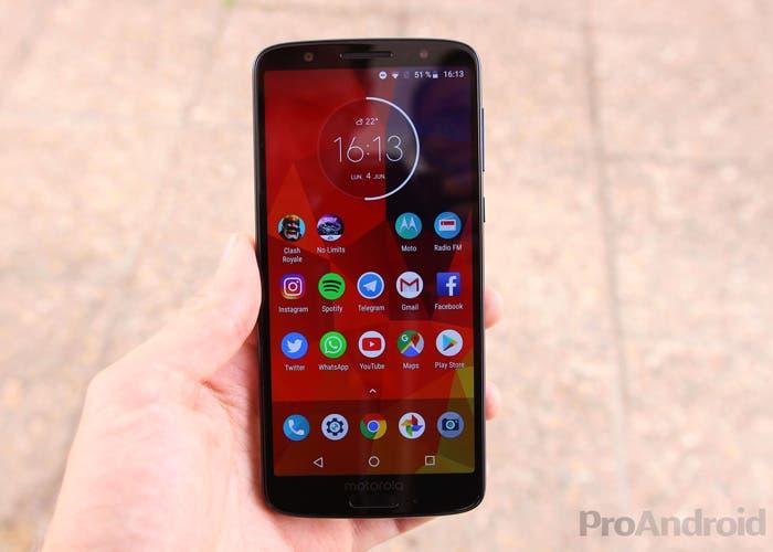 Los Motorola Moto G6 y Moto G6 Play comienzan a actualizarse con Android 9 Pie