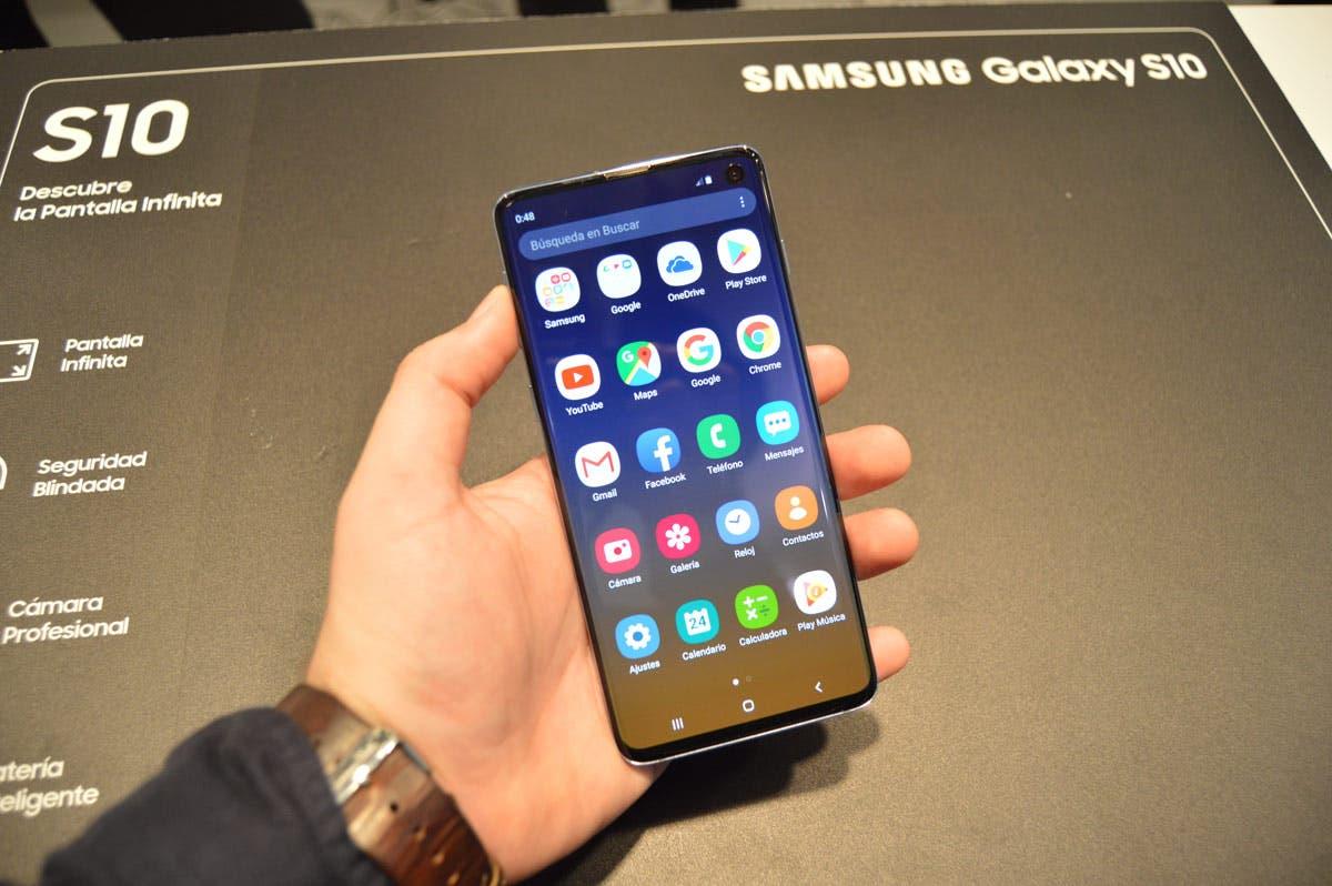 Los Samsung Galaxy S10 ya pueden escanear códigos QR desde la aplicación de cámara